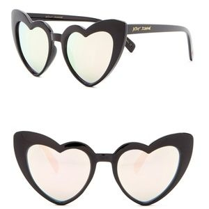 Betsey Johnson Black Heart Mirrored Sunglasses NEW